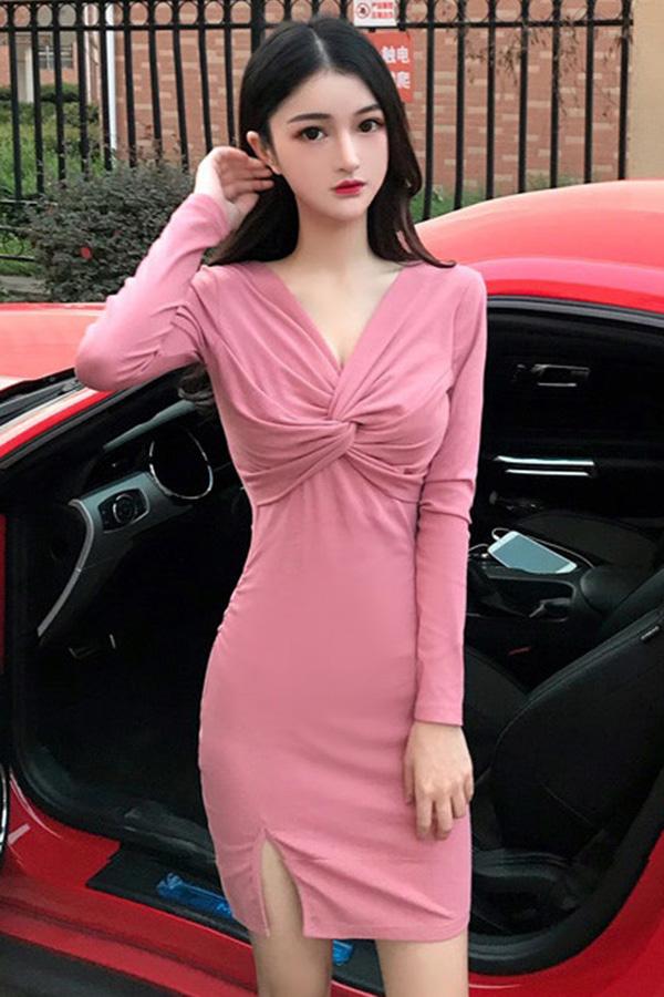 심플한매력 브이넥꼬임트임 원피스 (블랙,핑크)