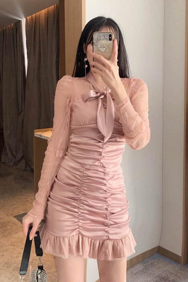 연말엔내가퀸 넥리본시스루블라우스 셔링스커트 투피스세트 SET (핑크,화이트)