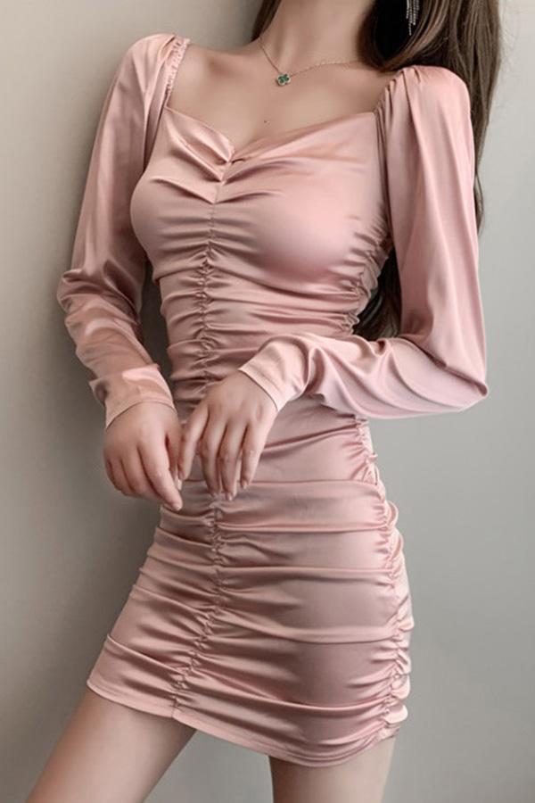 웨이브 셔링주름포인트 새틴퍼프원피스 (블랙,핑크)
