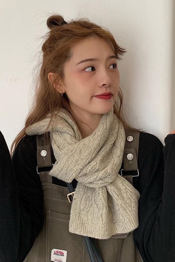 데일리룩 모던스타일 꽈베기 미니 목도리 (7color)