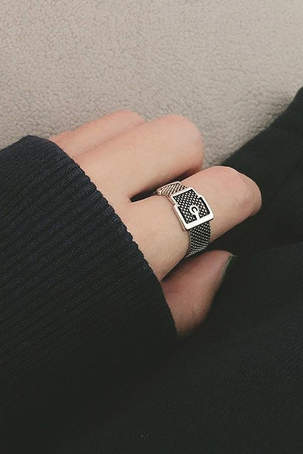 벨트링 데일리 포인트 반지